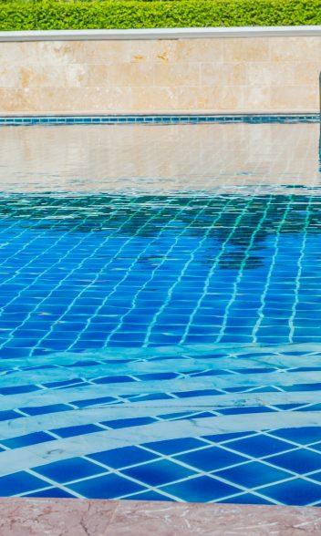 limpieza-piscina-vilareal