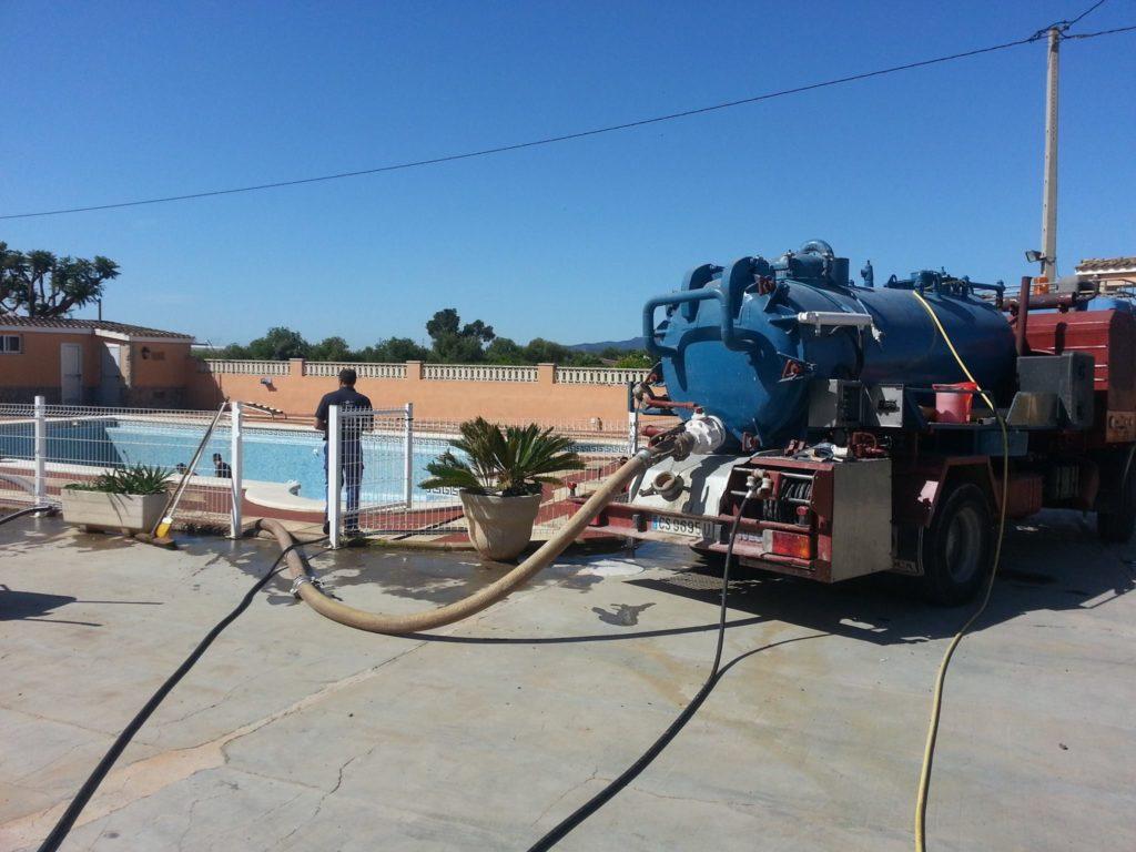 limpieza de piscinas castellón